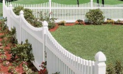 Vinyl Chesapeak Fence